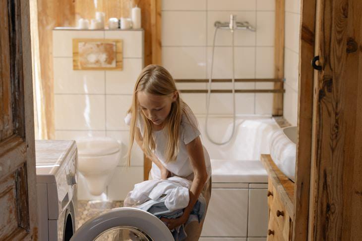 Dosificación del detergente al cargar la lavadora
