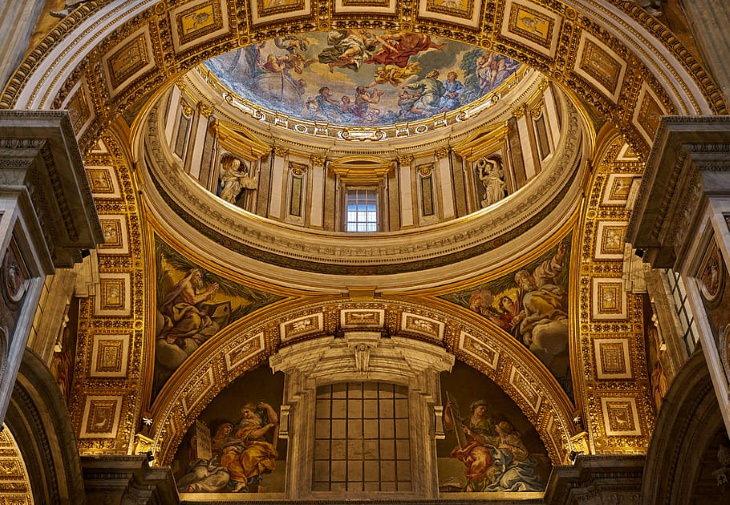 Edificios De Arquitectura Renacentista Interior de la Basílica De San Pedro