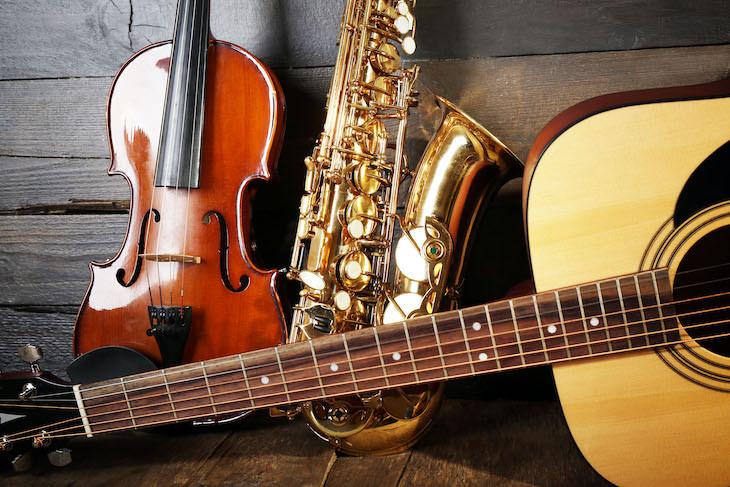 1. Instrumentos musicales no dejes en un carro en invierno