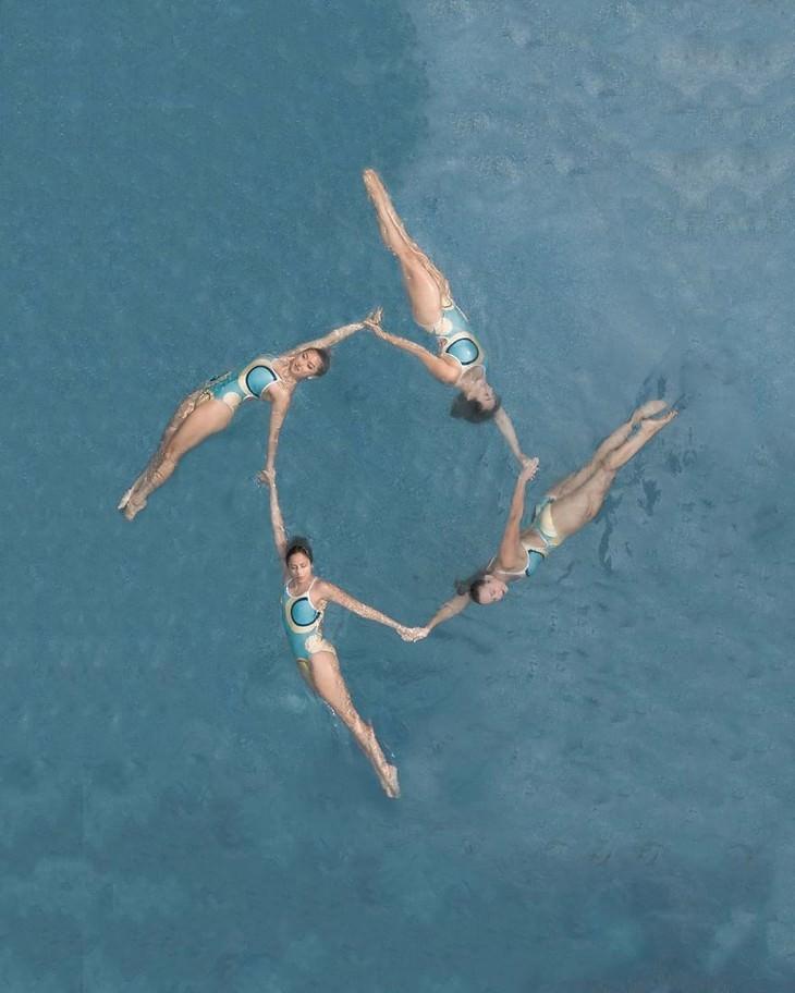 Fotos aéreas de Brad Walls nado sincronizado