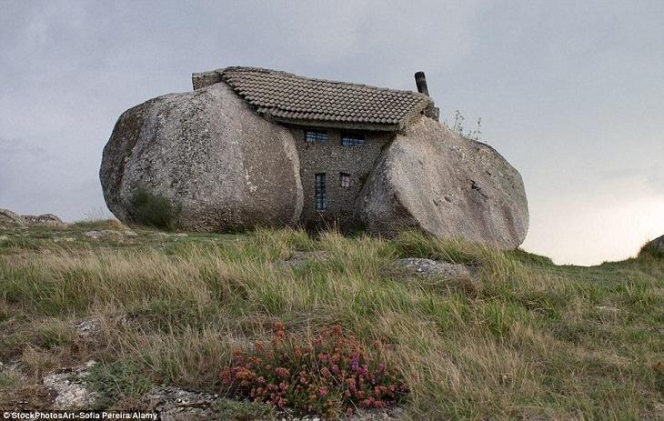 Fotos Que Parecen Sacadas De Cuentos De Hadas La Casa de Boulder en Portugal