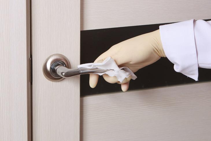Errores Al Usar Artículos De Limpieza Errores de toallitas desinfectantes