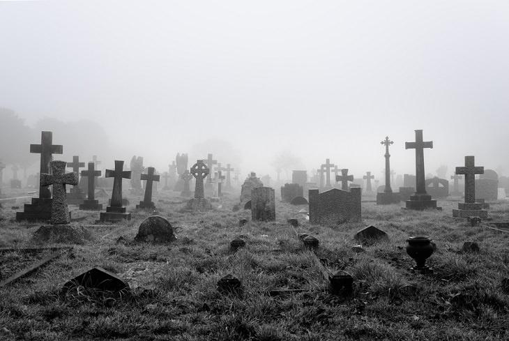 chiste cementerio