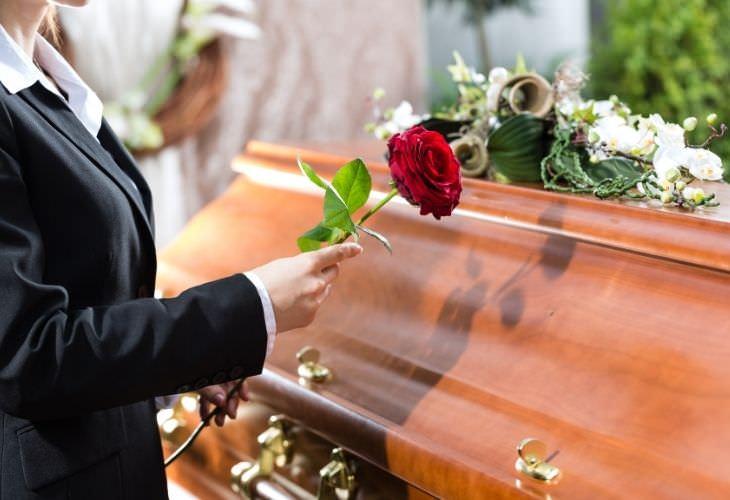 Chiste: El Sermón Funerario
