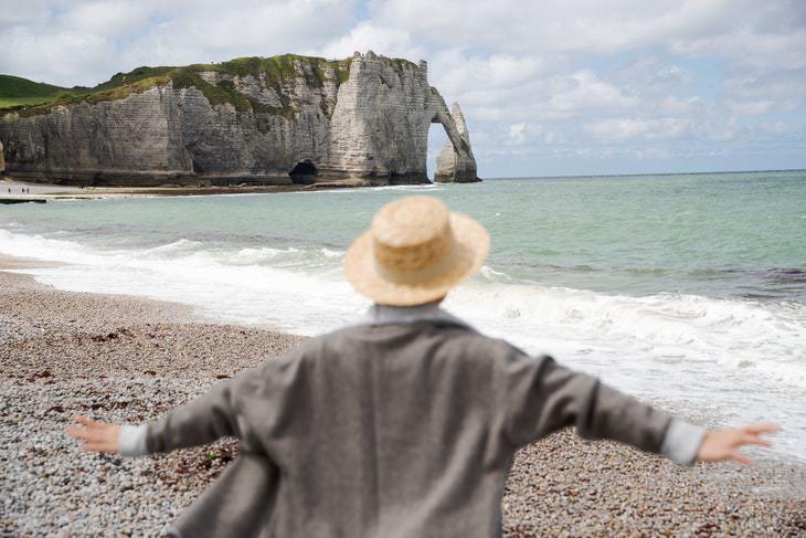 2. El cambio a un clima cálido y seco ralentiza la progresión de la artritis.