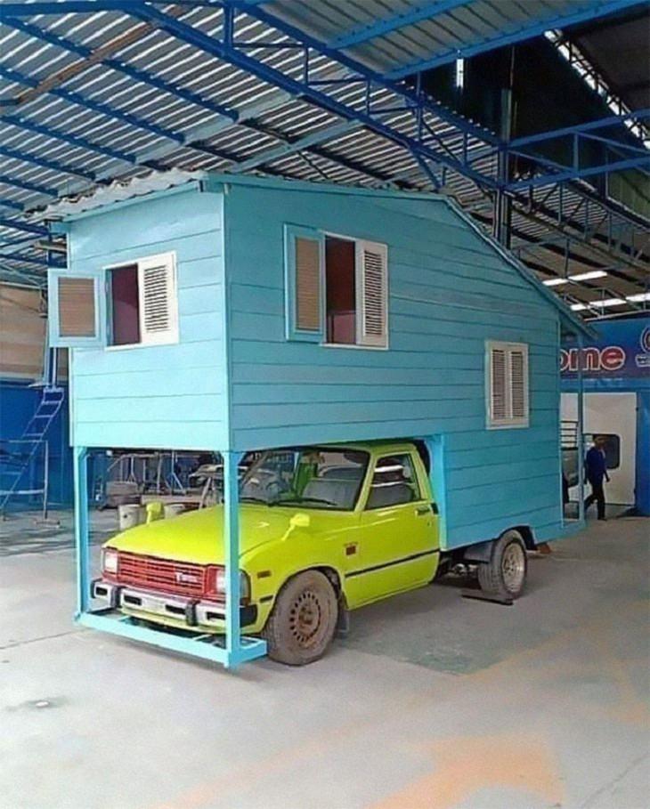 Diseños De Edificios Extraños Casa en auto