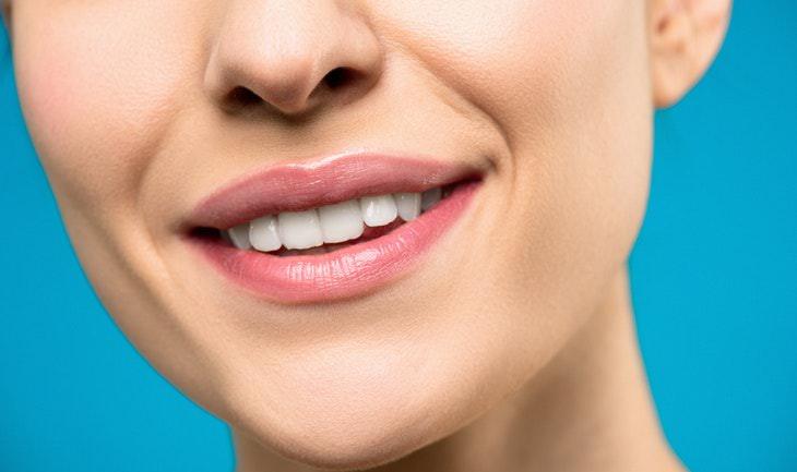 5. La enfermedad de las encías se puede prevenir con aceite de aguacate