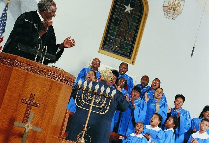 Chiste: Un Milagro En La Iglesia