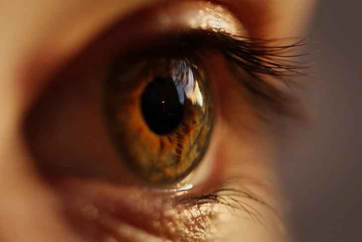 Causas Pupilas Dilatadas En la mayoría de los casos, las pupilas dilatadas son normales