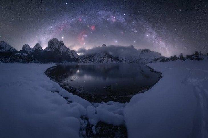 """Asombrosas Fotografías De La Vía Láctea """"Riaño"""" de Pablo Ruiz. Riaño, España"""