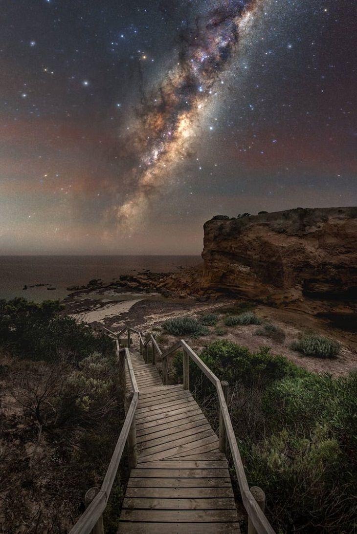 """Asombrosas Fotografías De La Vía Láctea  """"El lado olvidado de la Isla Canguro"""" por Blntpencil. Playa Baudin, Isla Canguro, Australia"""