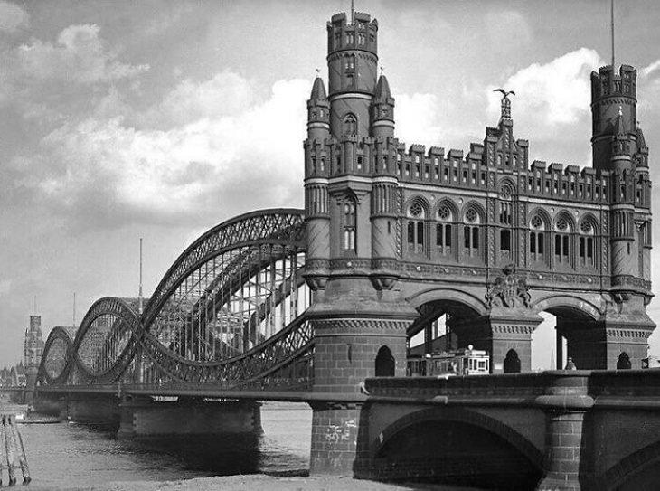 Estructuras Arquitectónicas Que Ya No Existen El puente Neue Elbbrücke original en Hamburgo, Alemania