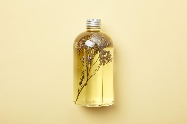 6 Champús Caseros Para Diferentes Tipos De Cabello Champú hidratante para cabello seco y quebradizo