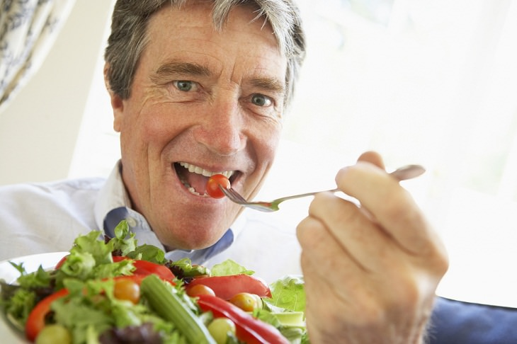 Investigación Muestra Un Enfoque Natural Para Reducir El Envejecimiento Dieta