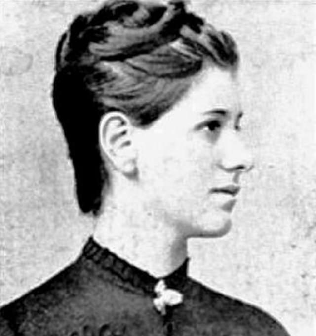 Mujeres Extraordinarias y Sus Logros Sarmiza Bilcescu (1867 - 1935), la primera mujer europea en obtener un doctorado. y licenciatura en derecho de la Universidad de París