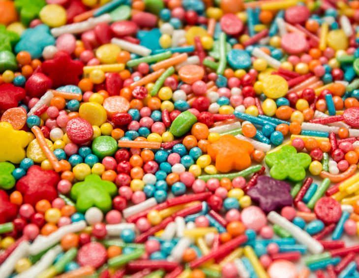 8 Ingredientes Nocivos Que Están Permitidos En Los EE.UU  Colorantes alimentarios sintéticos