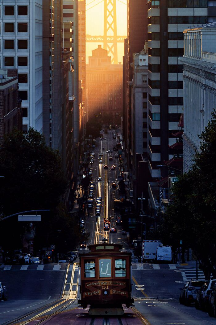 Impresionantes Paisajes Urbanos San Francisco bañado en luz dorada