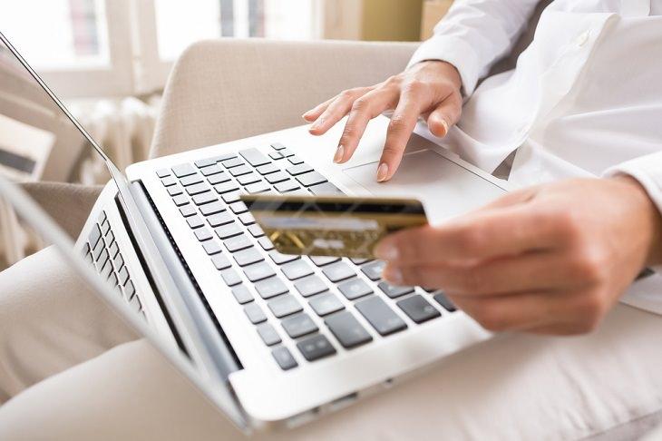 Consejos Efectivos Para Vivir Sin Deudas Paga tu tarjeta de crédito por adelantado