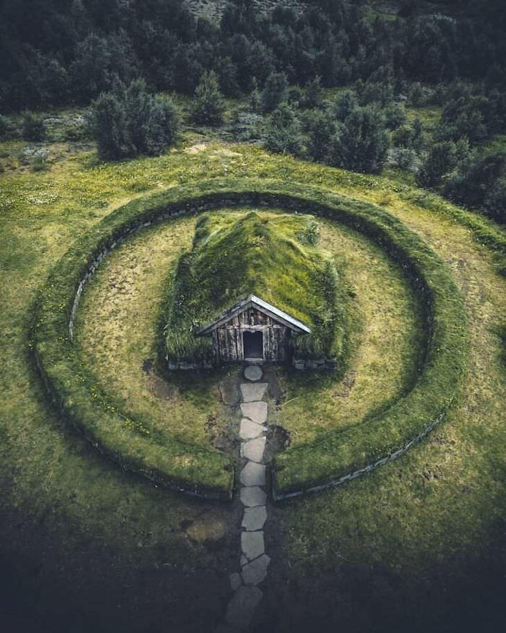 25 Cabañas En El Bosque De Todo El Mundo Una cabaña mágica en Islandia