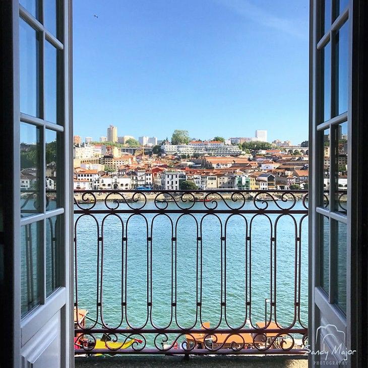 Fotografías a Través De Puertas y Ventanas Porto, Portugal
