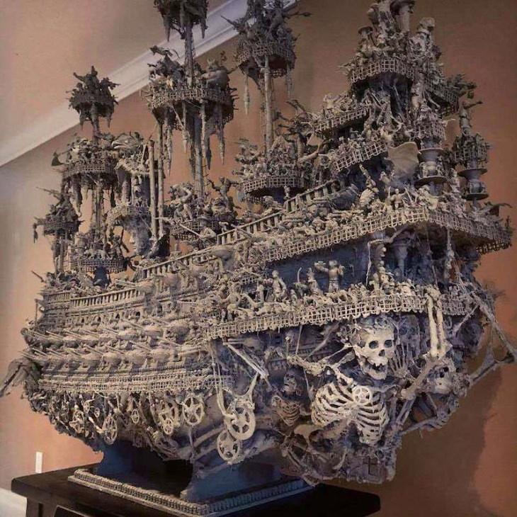 Barco Pirata Espeluznante Hecho Con Objetos Antiguos Calaveras