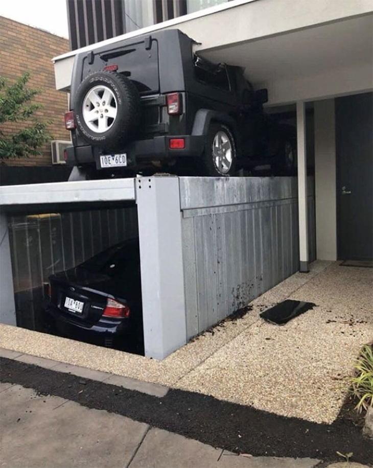 Garaje de dos pisos