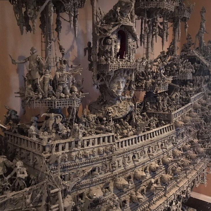 Barco Pirata Espeluznante Hecho Con Objetos Antiguos Tripulación