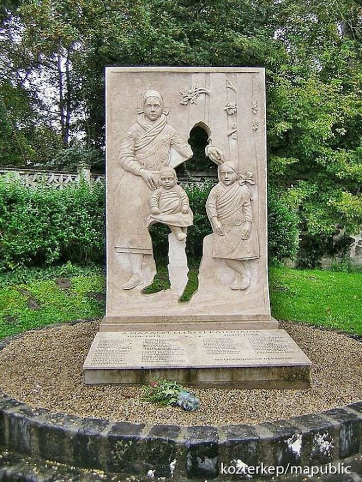 17 Ingeniosos Diseños Monumento a la Primera Guerra Mundial en Vácrátót, Hungría