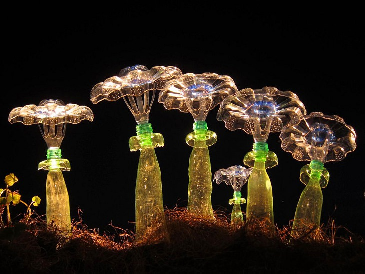 Esculturas Hechas Con Botellas Recicladas Flores
