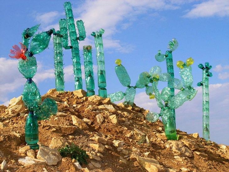 Esculturas Hechas Con Botellas Recicladas Cactus
