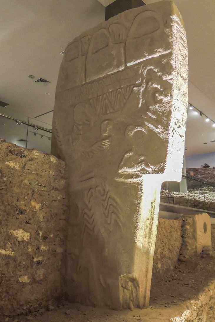 Los Seres Humanos Conocían De Astronomía Desde Hace 40,000 Años Diseños arqueológicos grabados