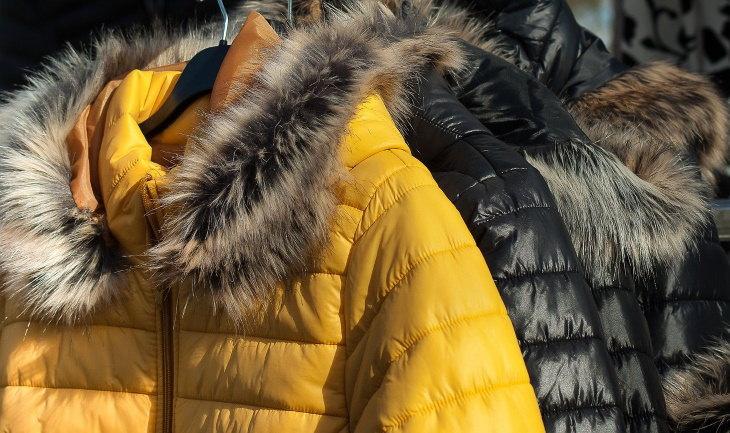 Cómo Lavar Tus Abrigos y Chaquetas De Invierno Abrigos de plumas