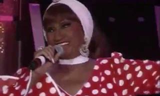 Celia Cruz Interpreta En Vivo La Vida Es Un Carnaval