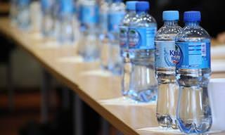 Los Peligros De Beber En Botellas De Plástico