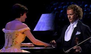 La Música De Estos Violines Logra Tocarme El Alma...