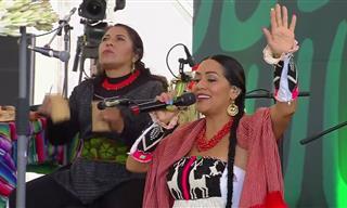 """Formidable Interpretación De """"Latinoamérica"""" En La Voz De Lila Downs"""
