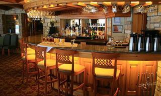 Chiste: Una Experiencia Completa en El Bar
