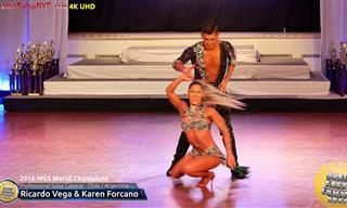 Pareja Bailando Salsa En Concurso