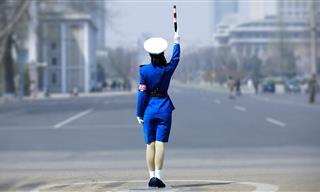 Estos Trabajos Tan Raros Solo Existen En Corea Del Norte