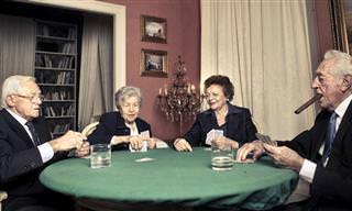 Una Partida De Póquer Entre Jubilados De Cierta Edad