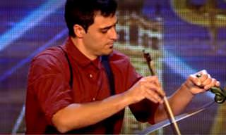 Adriano Utiliza Una Simple Sierra Para Crear Música
