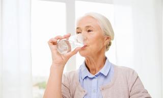5 Errores Que Pueden Conducir a La Deshidratación En Los Mayores