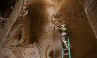 El Artista que Talló 10 Años Una Cueva