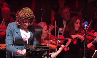 Una Máquina De Escribir En Una Orquesta: Una Bella Fusión