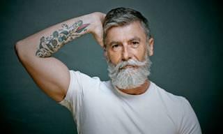 Él Es Un Cotizado Modelo a Sus 60 Años