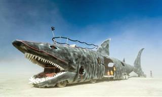 Extraños Carros En El Festival Burning Man