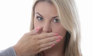 4 Síntomas Que Indican Tus Eructos No Son Normales