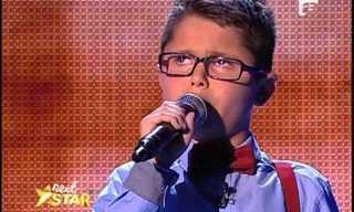 Un Niño De 10 Años Con Una Voz Increíble