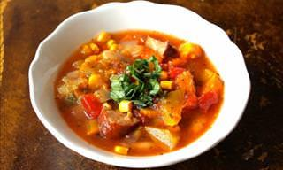 Deliciosa y Saludable Sopa De Verano De Calabaza y Salchicha