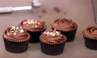 Prepara Cupcakes De Chocolate Sin Leche y Sin Huevo